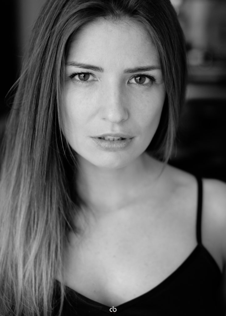 Bernadette Kaspar - black and white - Tageslicht | Portrait | Fujifilm | X-T1 | 35mm