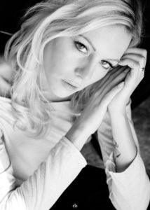 Sandra - black and white | Portrait | Fujifilm | X-T1 | 35mm